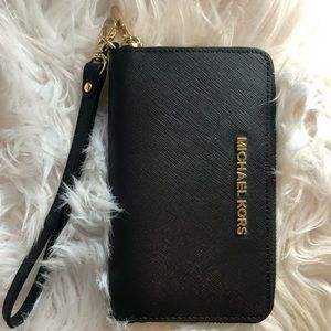 Michael Kors Leather Wristlet Pouch Jet Set Travel